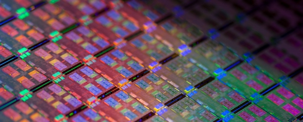 Intel Avoton Chip wafer2013