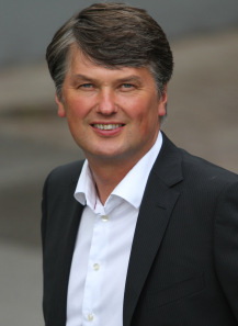 Kristian Tear