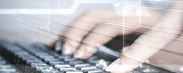 SLIDE SHOW keyboard 4 SHUTTERSTOCK