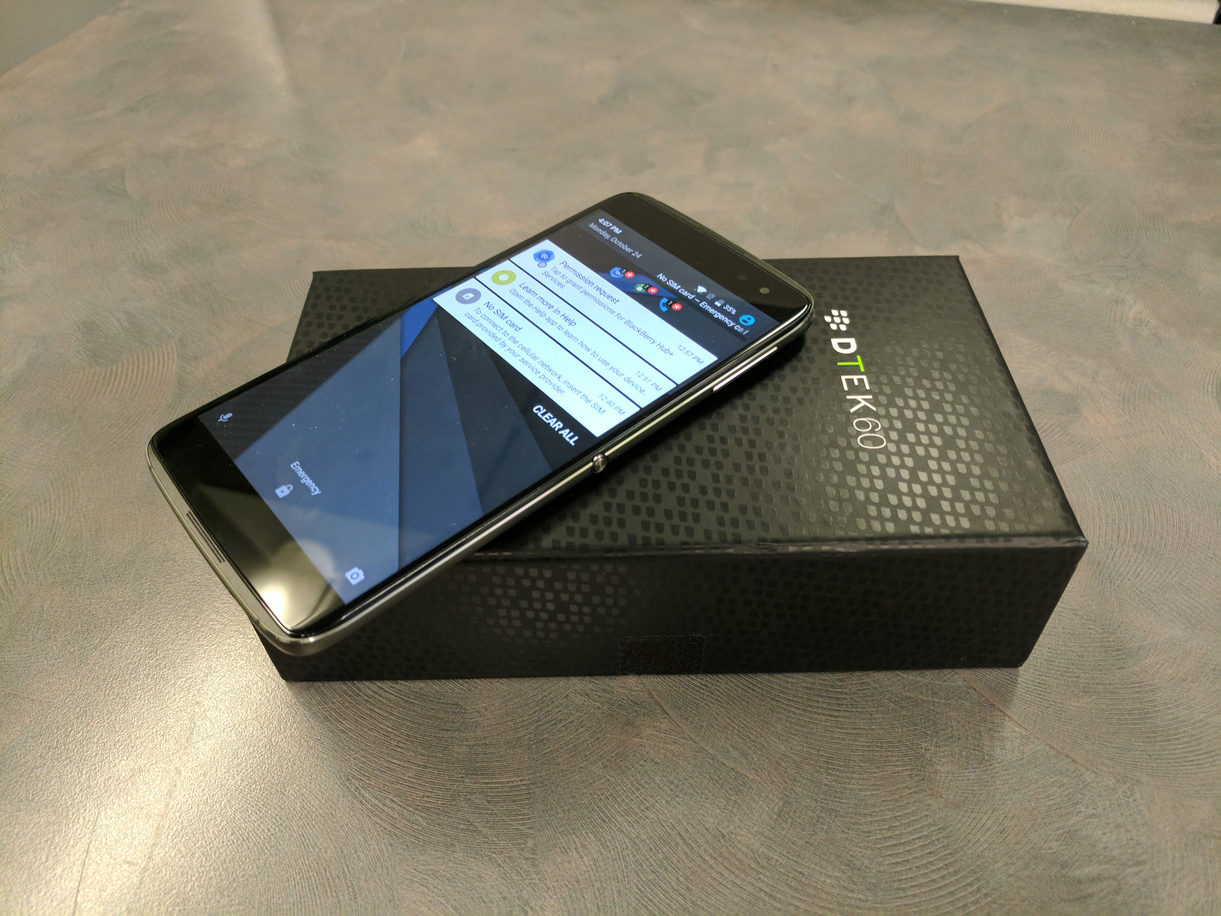 BlackBerry DTEK60 with box