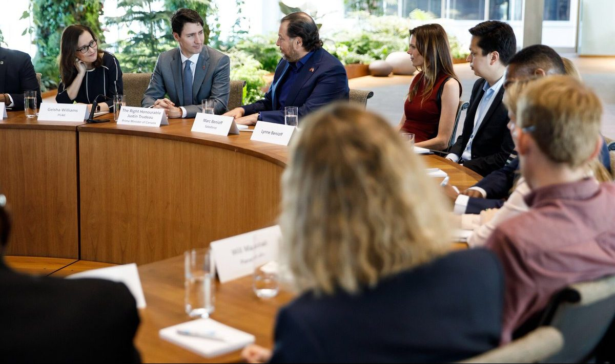 Justin Trudeau sits at a roundtable with Silicon Valley executives