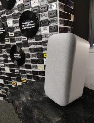 Google Home Max vertical