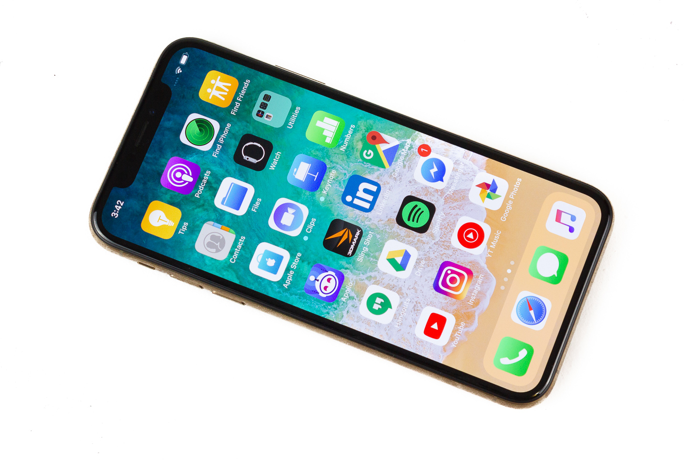 188648a52b91 Apple iPhone XS review  Apple s best is too expensive
