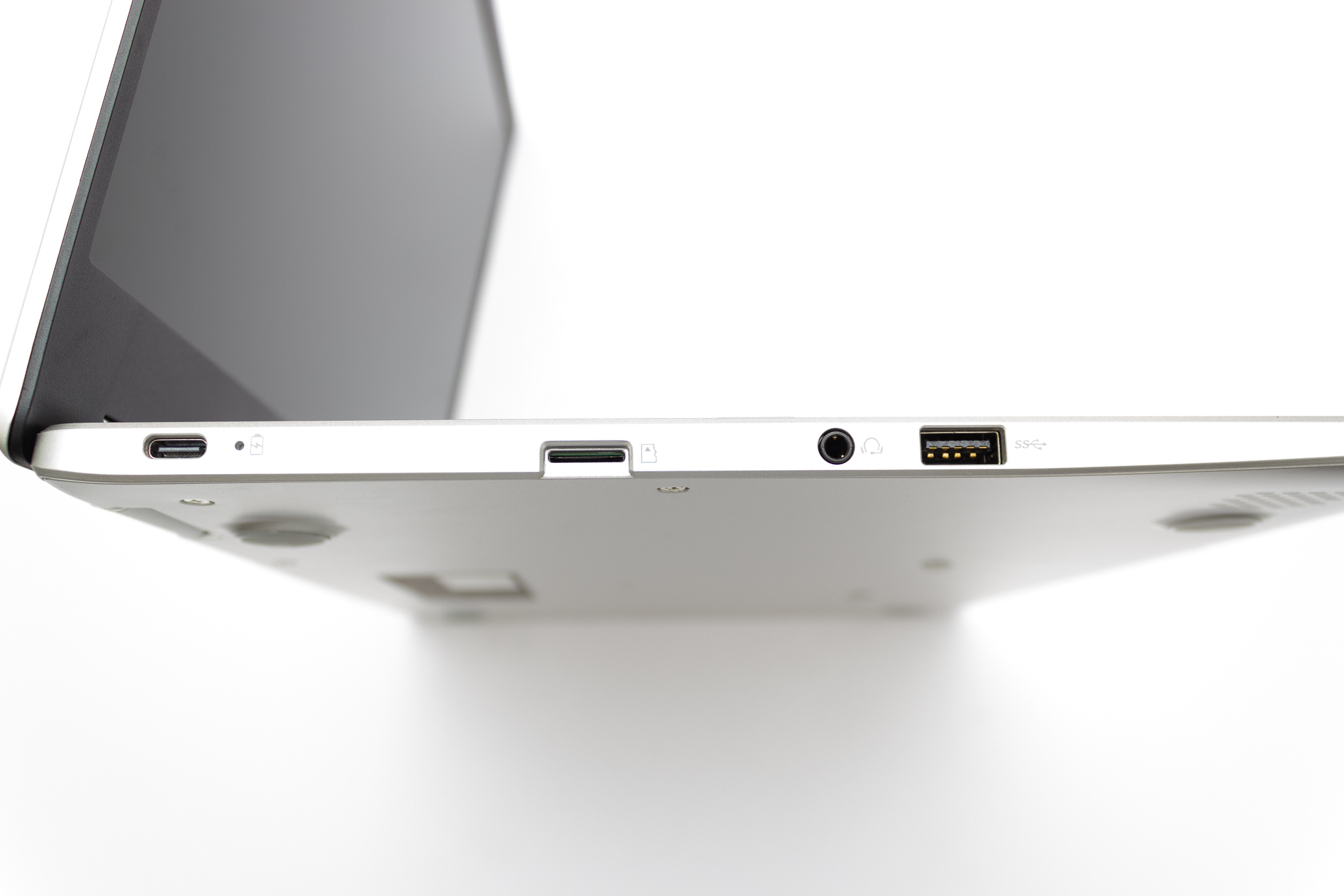 asus chromebook port right side
