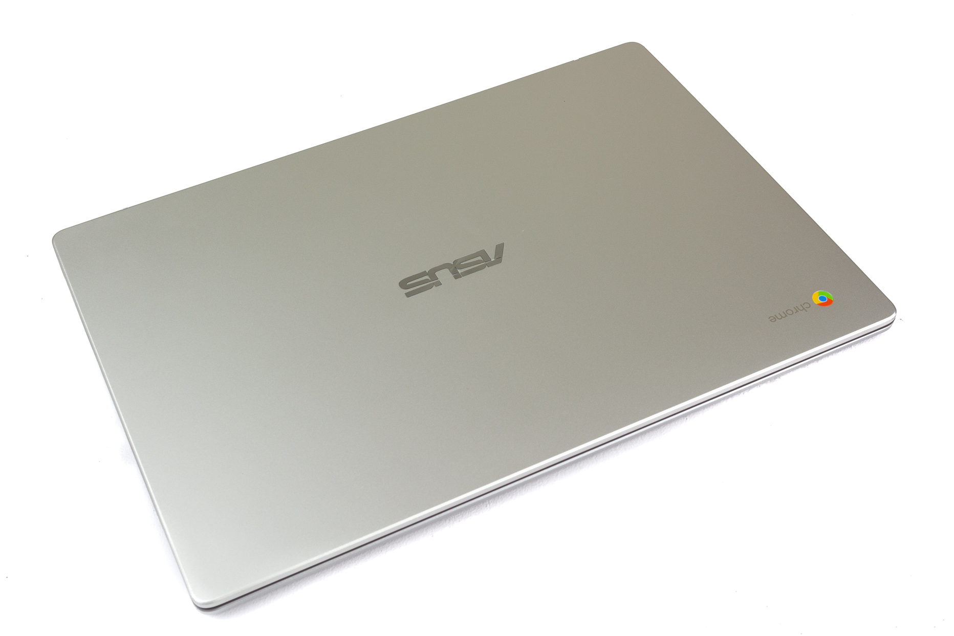 asus chromebook c523 top