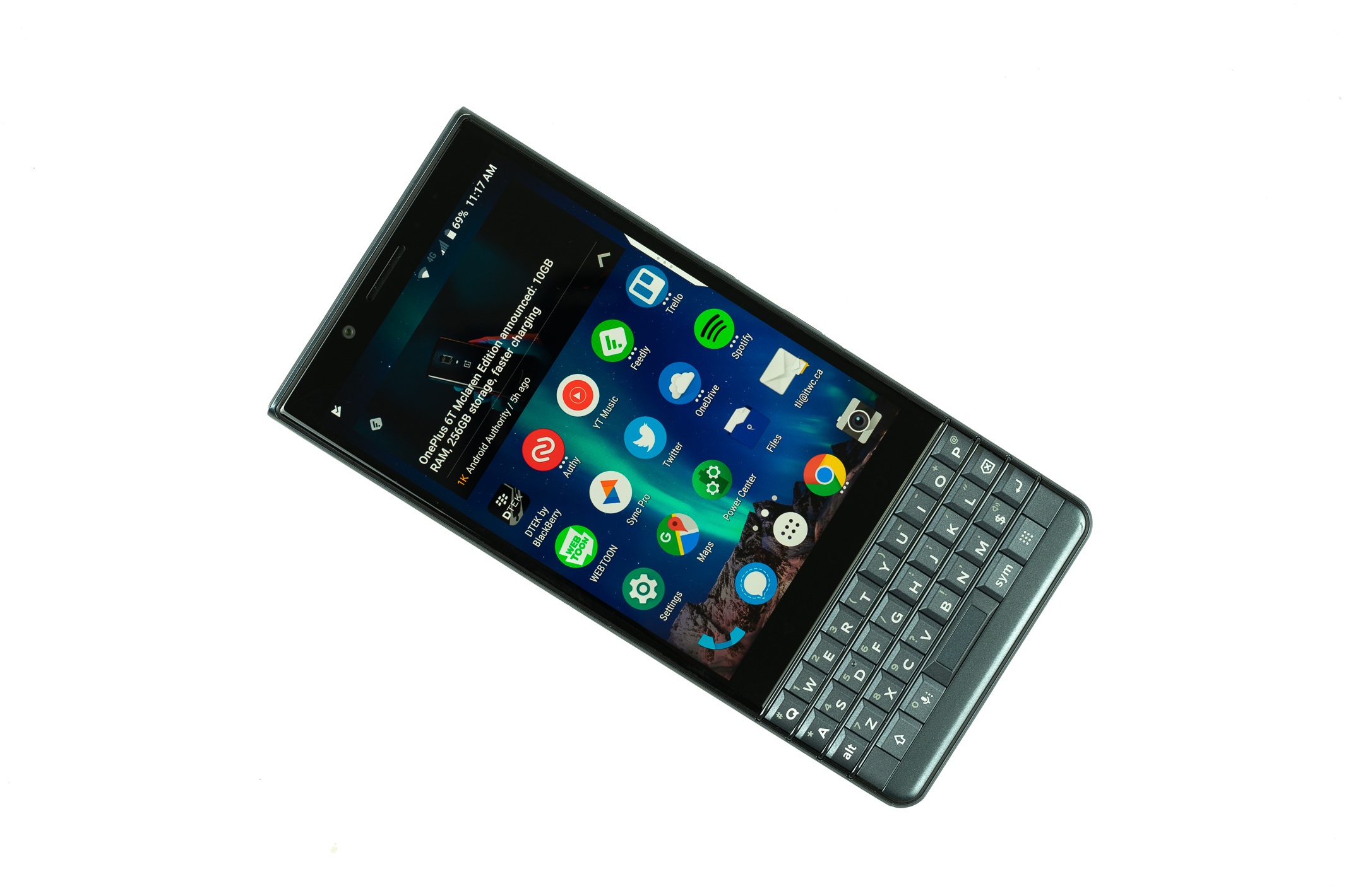 Blackberry Key2 Le Review Privacy And Security For Cheap Ish It World Canada News