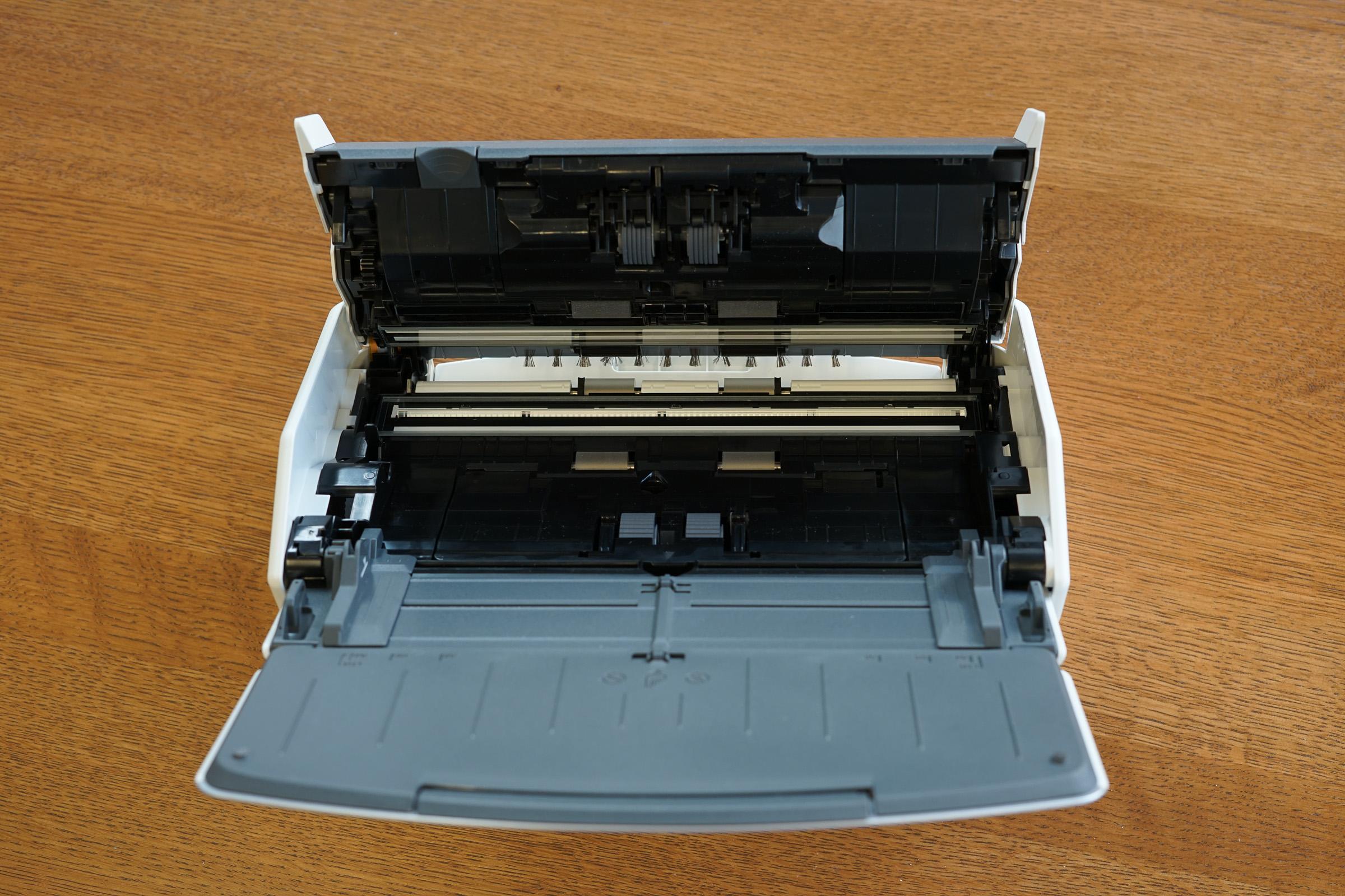 Fujitsu ScanSnap iX1500 internal