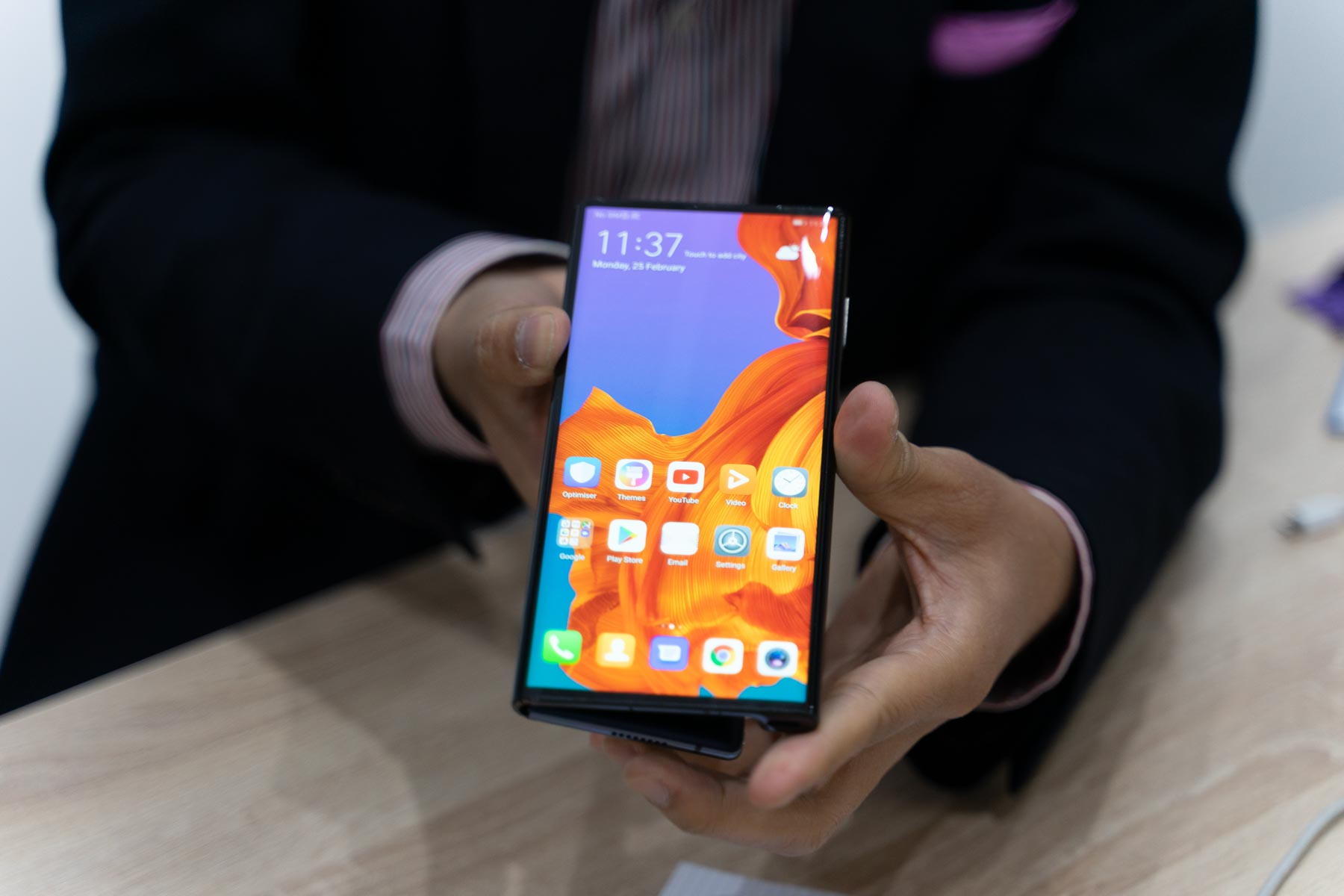 The best foldable phones at MWC 2019: Samsung Galaxy Fold