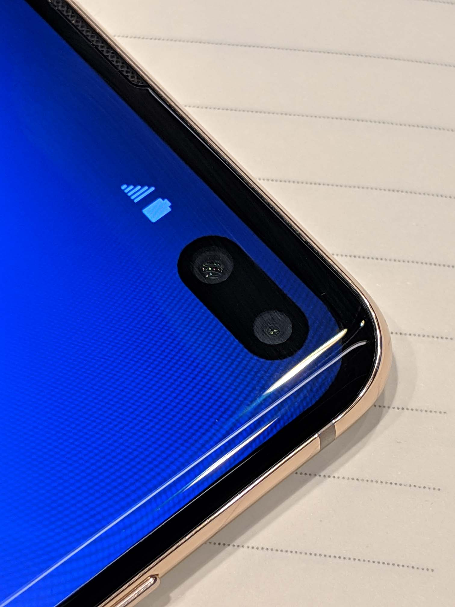 Samsung Galaxy S10e, Galaxy S10, and Galaxy S10+ first