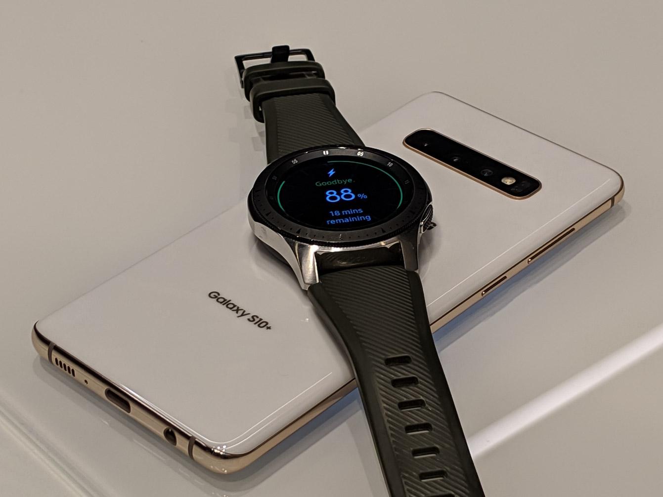 samsung-galaxy-s10e-wireless-charge