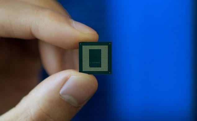 Holding Qualcomm Snapdragon 888 processor
