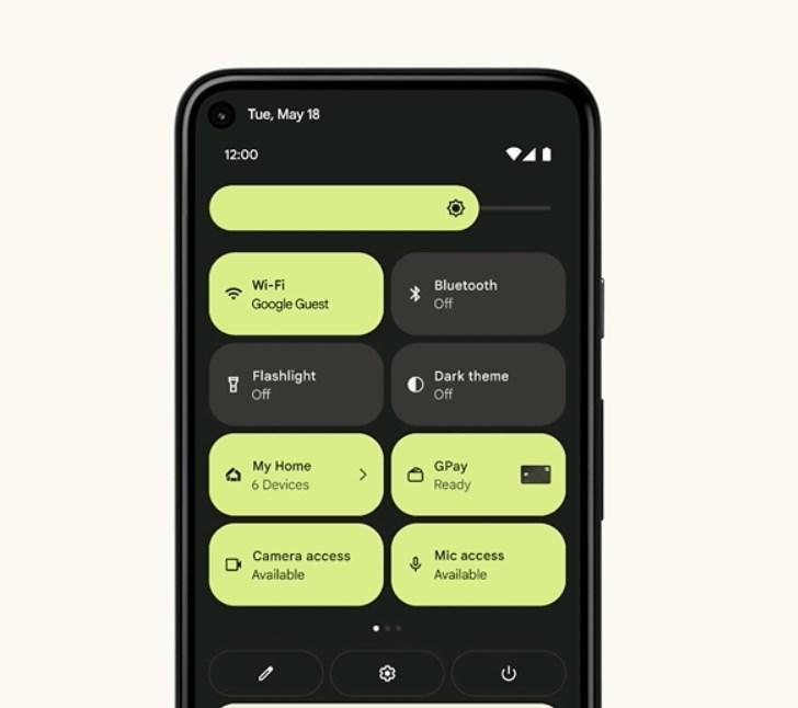 Google Androd 12's big quick settings menu